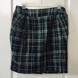 Love21 classic tweed mini skirt 3/$20